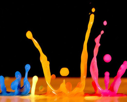 Blue wallpaper, orange, pink spray droplets