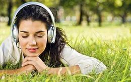 3d fille de papier peint avec un plaisir d'écoute de la musique dans des écouteurs énormes 1920x1200