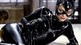 wallpaper Halle Berry in the movie Catwoman movie