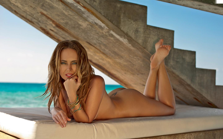 Фото голих дівчат шоубізнеса 19 фотография