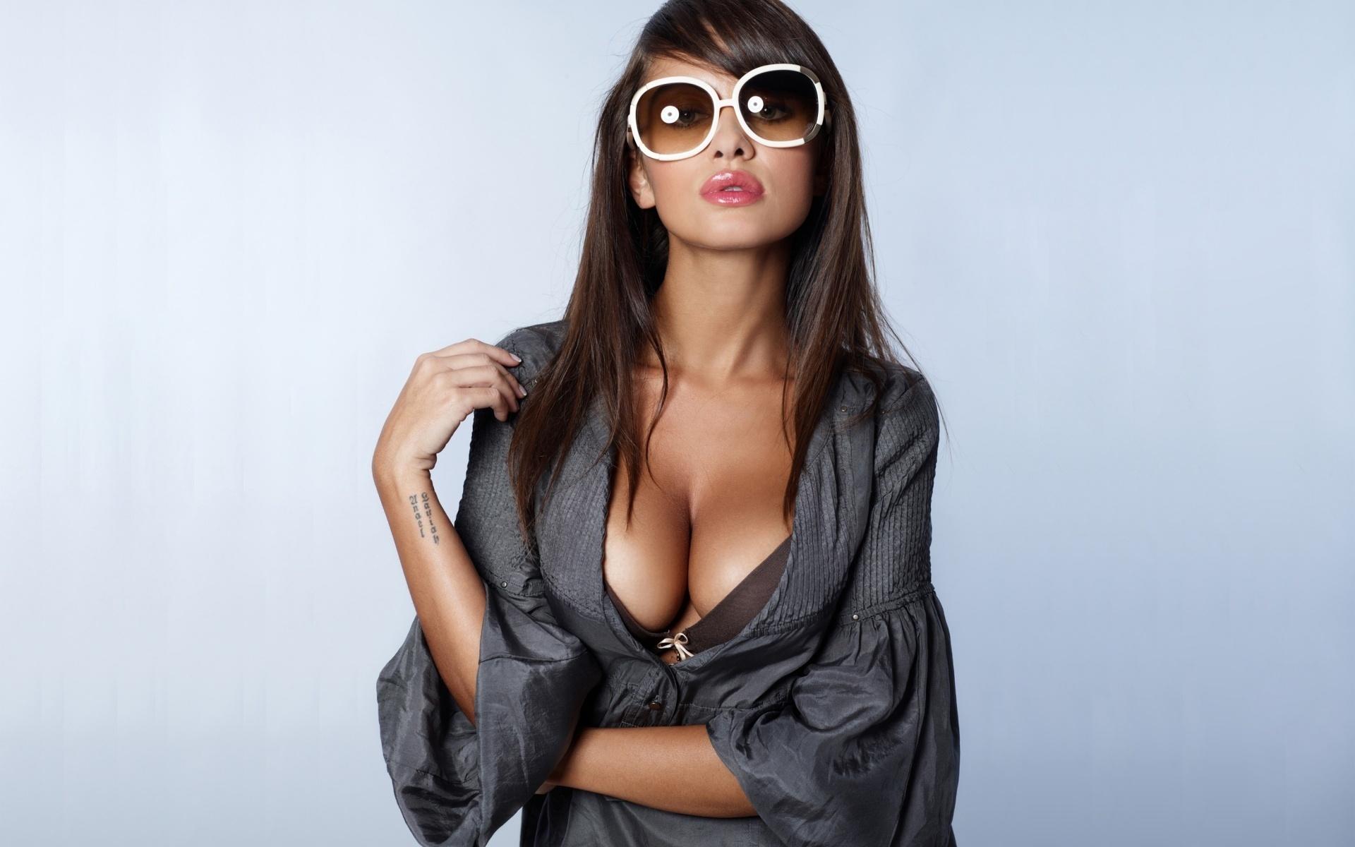 Фото сексуальної дівчини 30 фотография