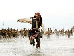 Wallpaper Captain Jack Sparrow escapes from angry natives (Pirates of the Caribbean Dead Man's Chest - 2) water
