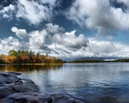 Lake water wallpaper